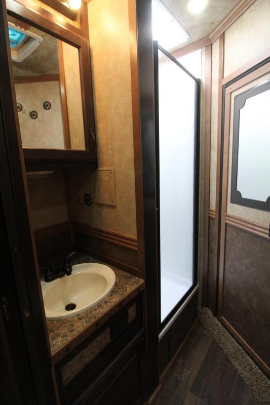 2017 Trails West Sierra 10x15 LQ LIKE NEW 4 Horse Trailer - Price Reduced $1400
