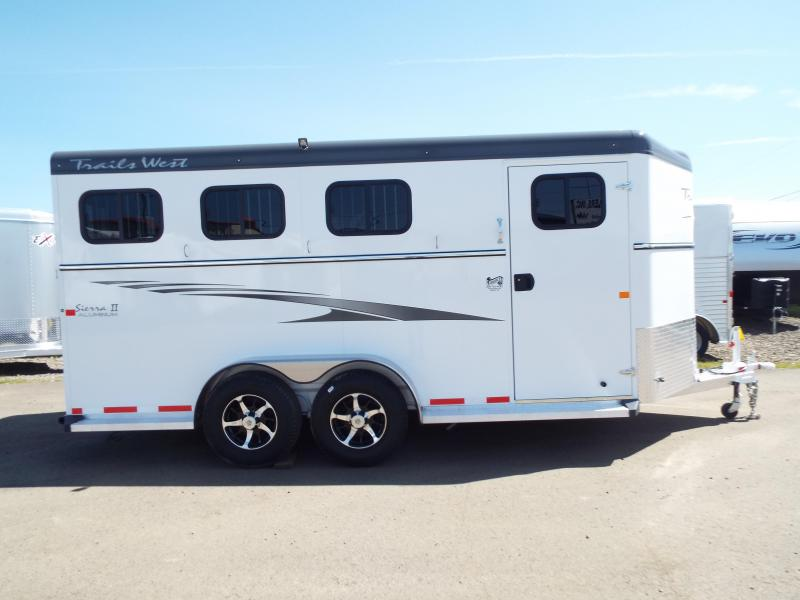 2017 Trails West Sierra Specialite 3 Horse Trailer - Steel Frame Aluminum Skin - First Stall : specialite doors - pezcame.com