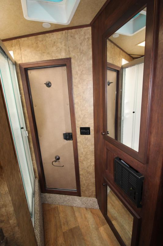 2018 Exiss Escape 7304 - 4.5ft SW Living Quarters 3 Horse Trailer - All Aluminum - Upgraded Easy Care Flooring