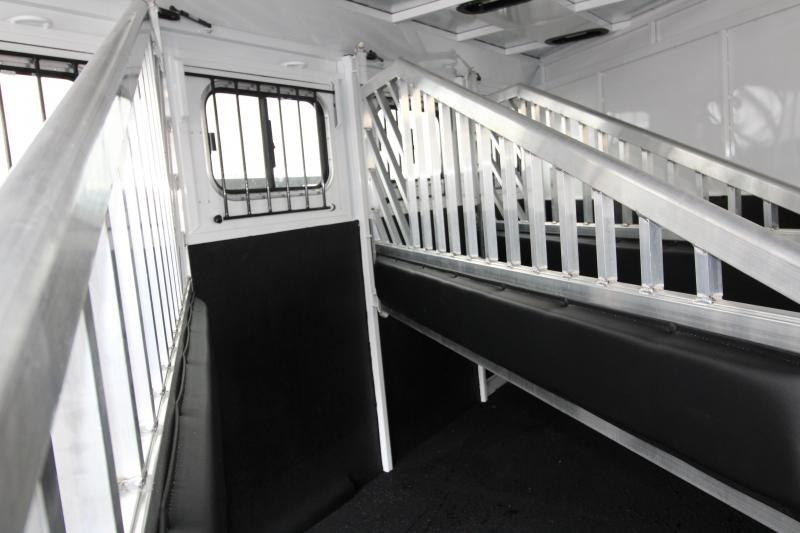 2019 Trails West Santa Fe 4 Horse Trailer- With Lonestar and Supertack Package