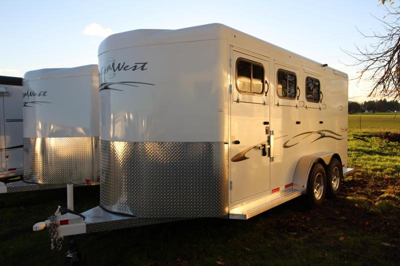 2018 Trails West Classic 3 Horse Trailer - Steel Frame Aluminum Skin - Escape Door - Convenience Package