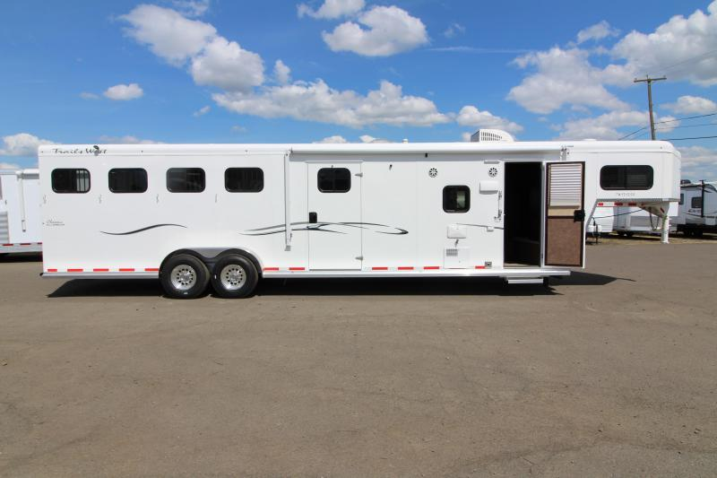 2018 Trails Classic 12x12 Living Quarters 4 Horse Trailer W/ Slide out - Hoof Grip Easy Care Flooring - Side Tack - Escape Door - REDUCED PRICE