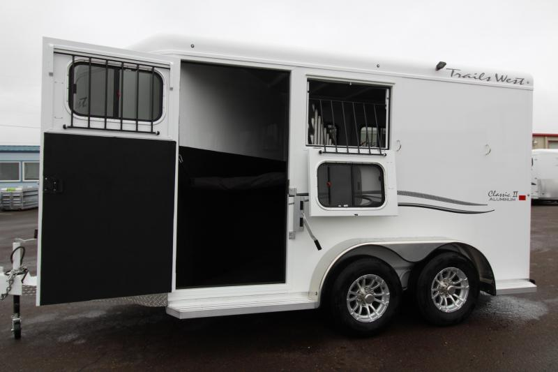 2019 Trails West 2 Horse Classic Trailer - Escape Door