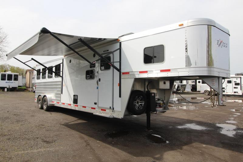 2018 Exiss Escape 7410 - 10' Short Wall Living Quarters - 4 Horse Aluminum Trailer - Reduced $2000