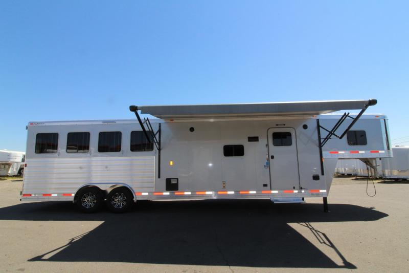 2018 Exiss 8412 - 4 Horse Trailer - 12 ft SW w/ Slide Out - Upgraded Interior! - NEW EASY CARE FLOORING - Metallic Gray Exterior - Lined and Insulated Ceiling - PRICE REDUCED BY $3095