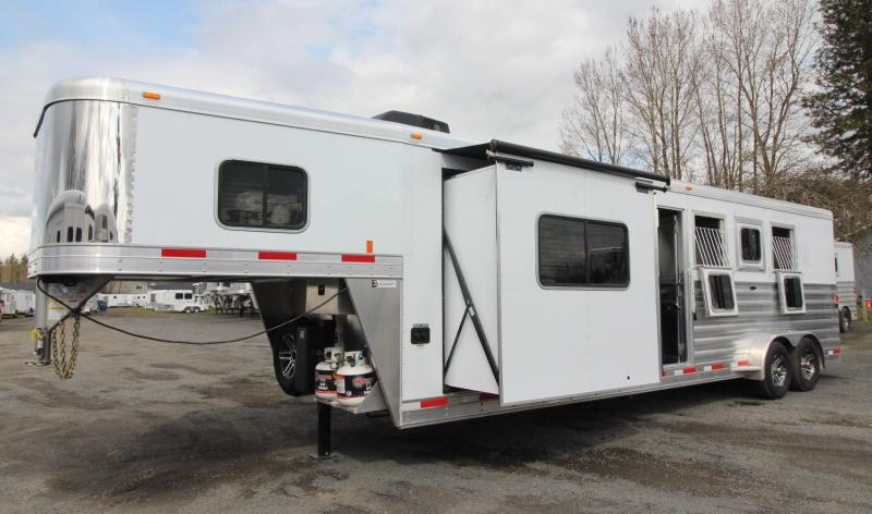 "2019 Exiss Escape 7410 - 10'6"" SW Living Quarters w/ Slide 4 Horse Alum Trailer"