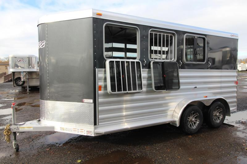 2018 Exiss Express CXF W/ Jail Bar Dividers Upgraded Side Sheets - Plexi Added - 3 Horse Bumper Pull Trailer PRICE REDUCED $900