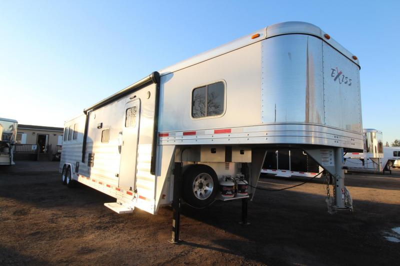 Width Of  Ft Travel Trailers With Slide Out