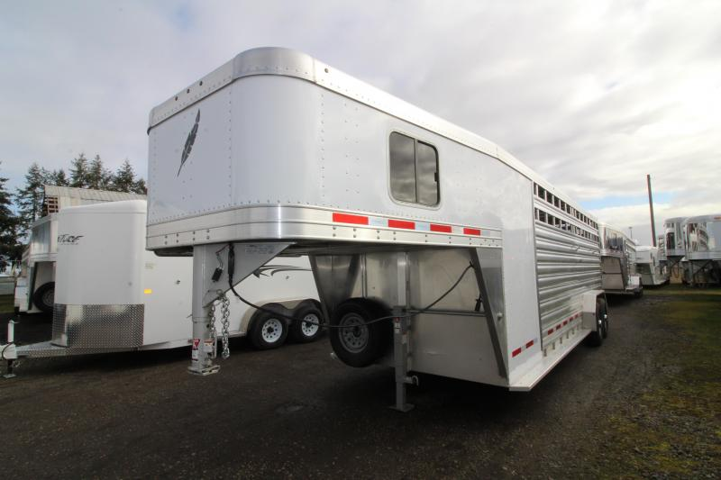 2019 Featherlite 8413 Stock Combo 24ft All Aluminum Trailer - Tack Room w/ 4 Place Saddle Rack - Solid Center Gate in Ashburn, VA
