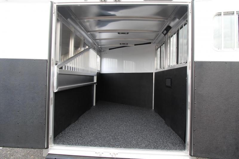 2018 Exiss Express XT - Jail Bar dividers - Polylast Flooring - Carpeted Tack Wall - 2 Horse Trailer PRICE REDUCED $1095