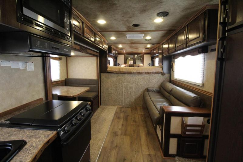 2015 Trails West Sierra 15x19 Living Quarters w/ slide out 4 Horse Trailer *Generator*
