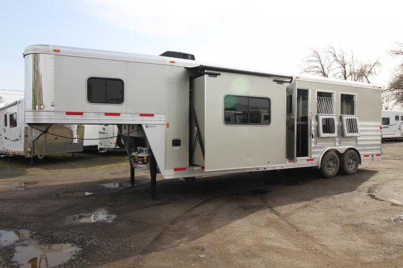 2018 Exiss Endeavor 8310 w/ Slide out - 10' Short Wall LQ - 3 Horse Trailer - Polylast Hoof Grip Flooring