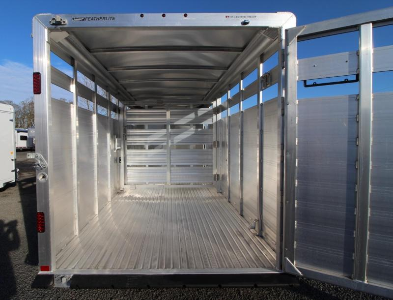 2019 Featherlite 8107 - 16ft aluminum Livestock Trailer w/ sliding sort door