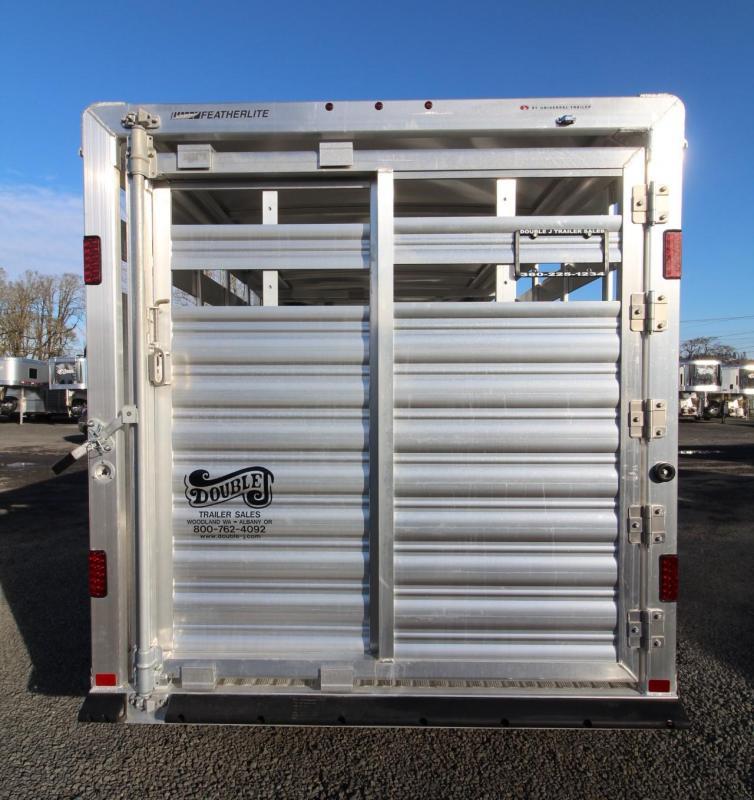 2019 Featherlite 8107 - 16ft aluminum Livestock Trailer w/ sliding sort door