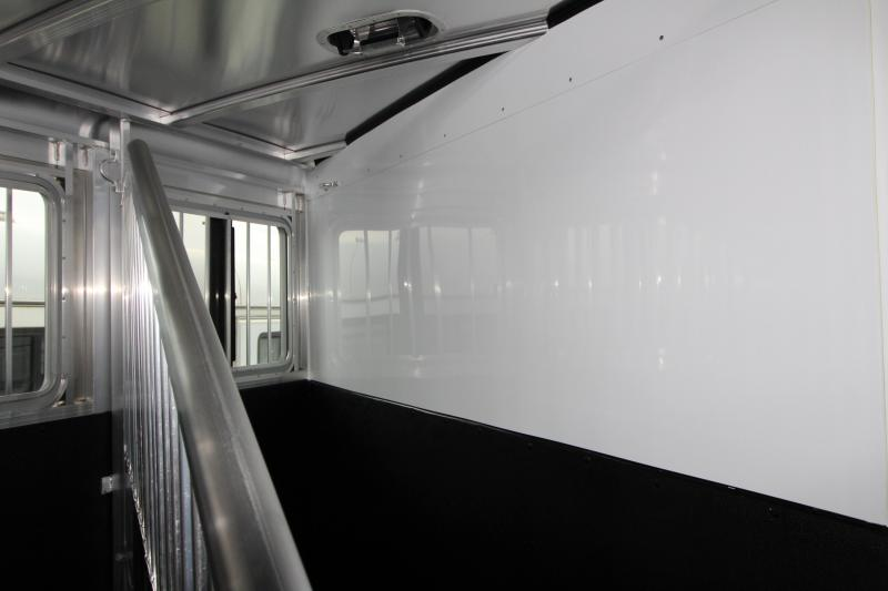 2018 Exiss Express XT 2 Horse Trailer - All Aluminium - Easy Care Flooring - Air Flow Dividers - Silver Exterior color - PRICE REDUCED BY $300