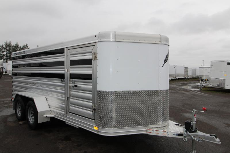 2019 Featherlite 8107 Livestock Trailer 16' Low Profile - Center Gate on Track Sliders for Adjustable Pen Sizes