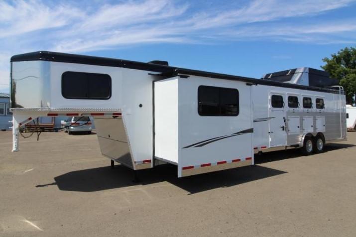 2020 Trails West 15x19 4 Horse Side Load Trailer - Full Angle Back Tack - Hay Pod - Bunk Beds - Slide Out - Gen. Prepped -Dinette - Mangers