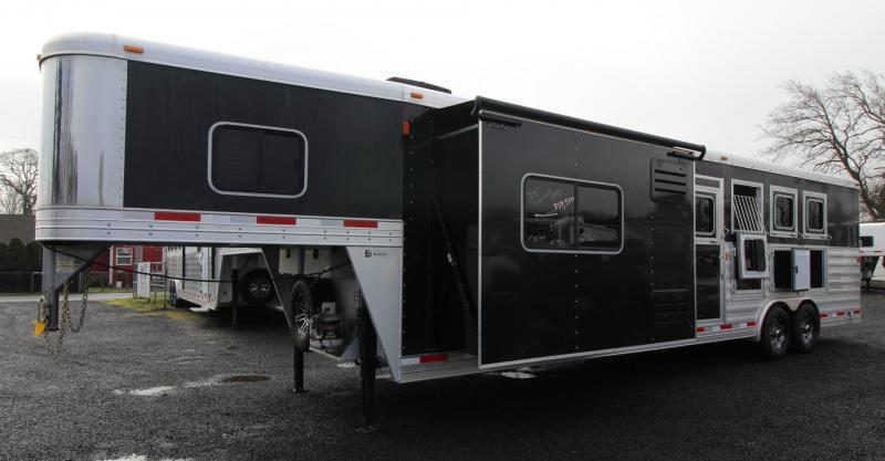 2018 Exiss Endeavor 8412 W/ Slide out - 4 Horse Living Quarters Trailer - Polylast Flooring - Stud Divider PRICE REDUCED