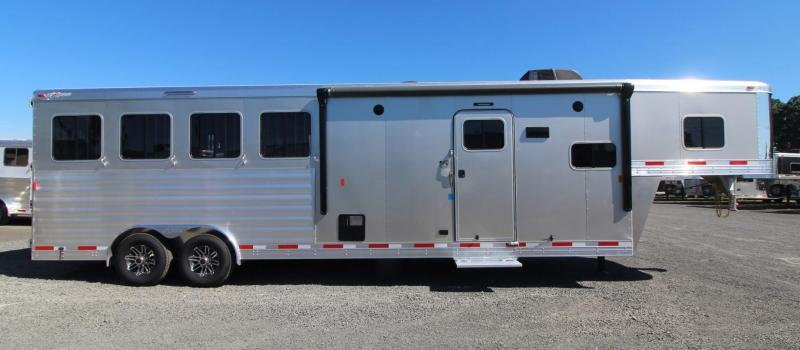 2018 Exiss Endeavor 8410 - 10' SW Living Quarters 4 Horse Trailer - Lined & Insulated Horse Ceiling
