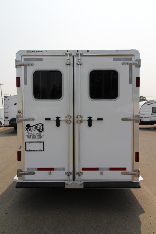2019 Featherlite 9409 - 4 Horse All Aluminum Trailer - Extruded Aluminum Siding - Escape Door -