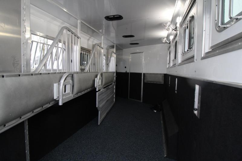 2018 Featherlite 9821 Liberty 17' Living Quarters w/ Slide - Couch & Dinette - Bar - Central Vacuum - And Much More! - 4 Horse Trailer w/ fans in horse area - Hay Pod - PRICE REDUCED $5000!