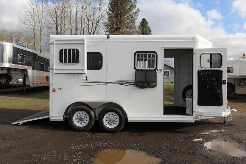 2019 Trails West Royale SxS 2 Horse Trailer - Straight Load - Warmblood - w/ Water Tank