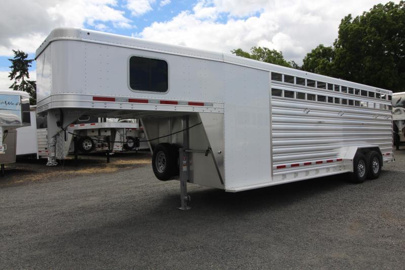 2019 Featherlite 8413 stock combo 24ft Trailer 4 place saddle rack - 2 gates