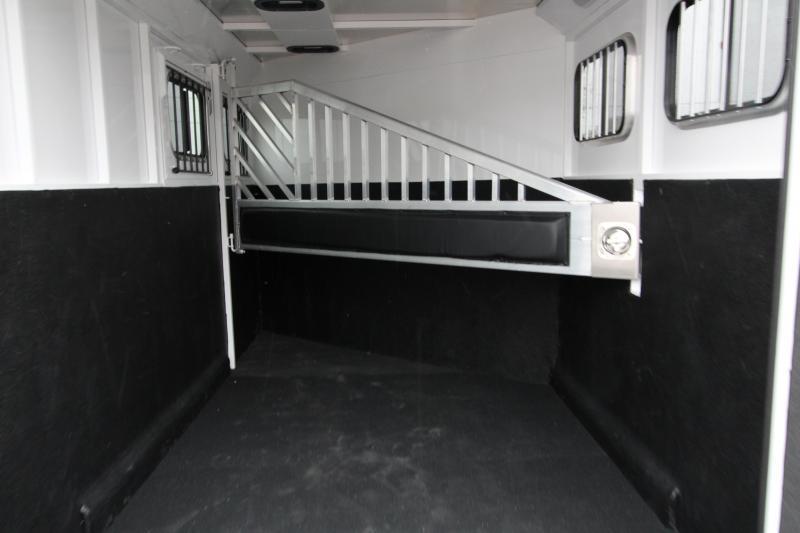 2018 Trails West Classic  - Aluminum skin steel frame - Aluminum Wheels - 2 Horse Trailer - Roof Vent In Tack Room