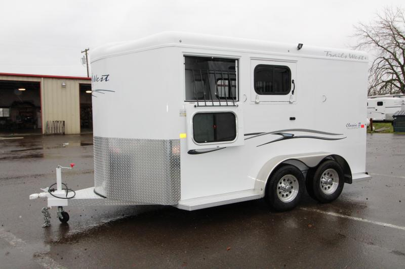 2018 Trails West Classic  - Aluminum skin steel frame - Aluminum Wheels - 2 Horse Trailer - Roof Vent In Tack Room