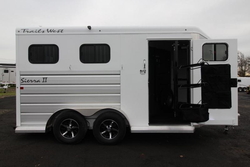 2019 Trails West Sierra II Warmblood 2 Horse Trailer Lined & Insulated - Aluminum Skin Steel Frame