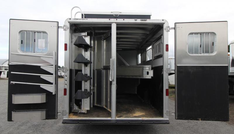 2016 Featherlite 9821 -REDUCED $2400- 17' SW - Haypod - Generator - 4 Horse Trailer