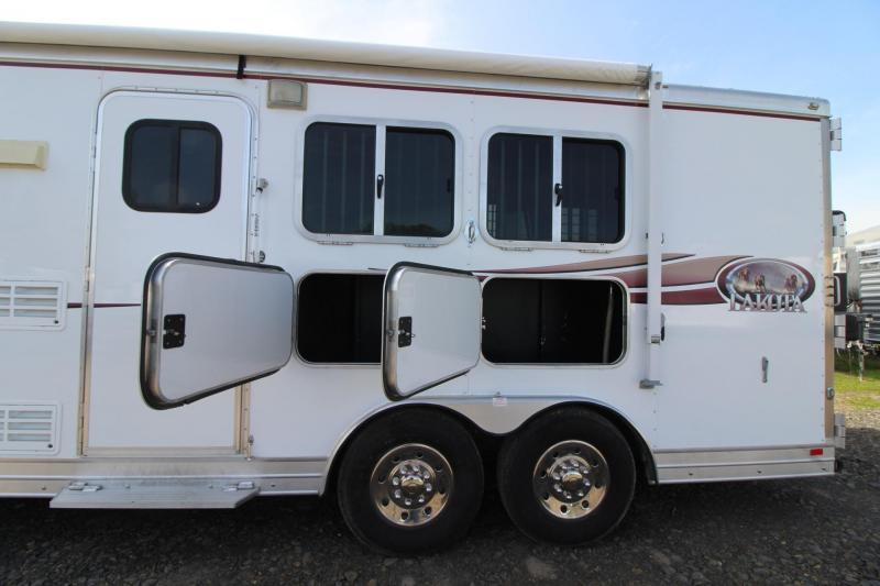 2008 Lakota Hut Bumper Pull Living Quarters 2 Horse Trailer w/ Pop Out
