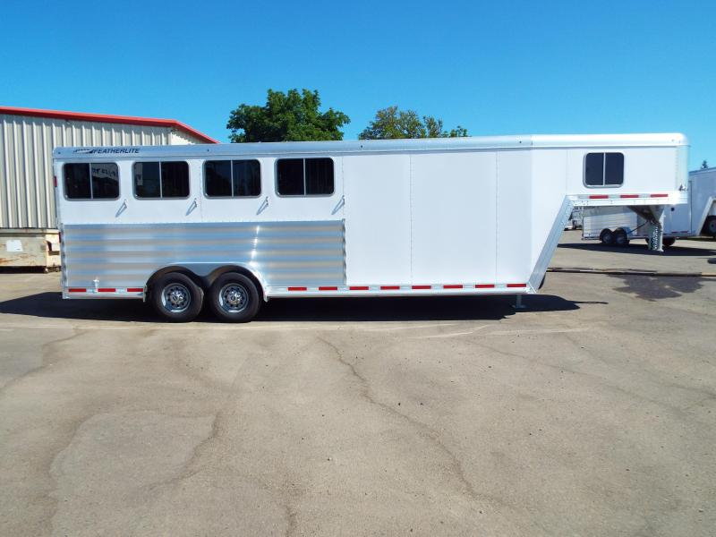 2017 Featherlite 8542 Legend Series - All Aluminum - 4 Horse 7' Tall and Wide - w/ Folding Rear Tack