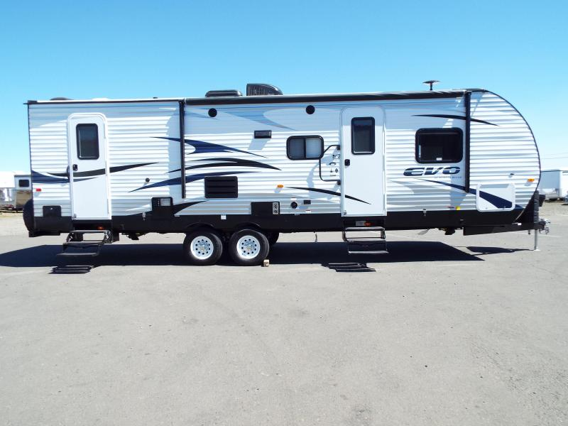 2017 Evo Model 2700 Travel Trailer - Triple Bunks on Power Lift System - Power Jacks & Awning - Arctic Package - Stainless Steel Appliances - Sleeps 9! REDUCED $1900