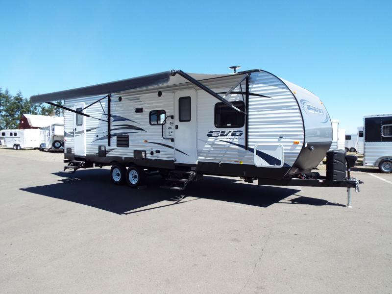 2017 Evo Model 2700 Travel Trailer - Triple Bunks on Power Lift System - Power Jacks & Awning - Arctic Package - Stainless Steel Appliances - Sleeps 9! REDUCED $1000