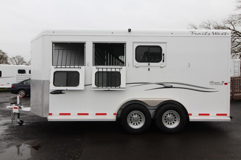 "2018 Trails West Classic II - 7'6"" Tall - 3 Horse Trailer - Aluminum Skin Steel Frame - 6000# Axles in Astoria, OR"