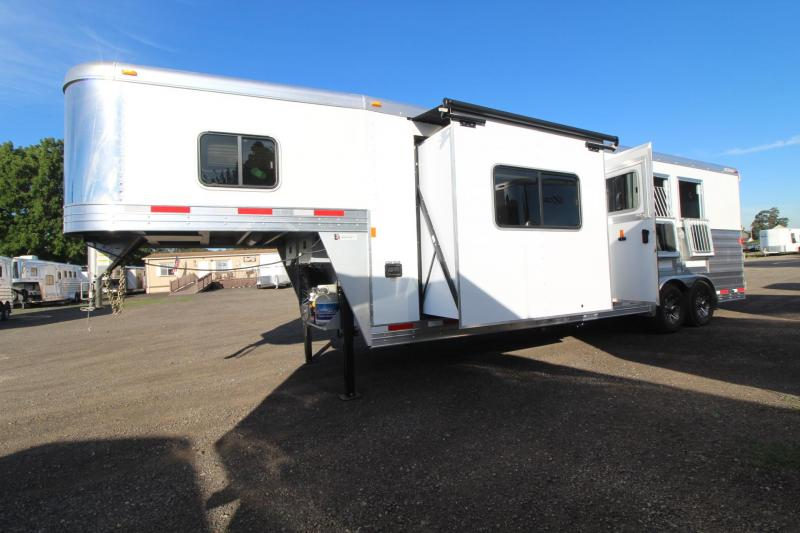 2017 Exiss Endeavor 8310 W/ Slide - 10ft short wall -Wood interior upgrade - Mangers - 3 Horse Trailer