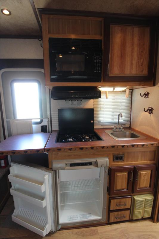2008 Trails West Sierra 8x13 Living Quarters 3 Horse Trailer PRICE REDUCED
