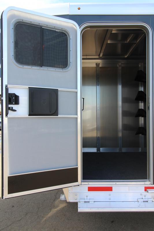 2019 Exiss 4 Horse Gooseneck Trailer - Easy Care Flooring