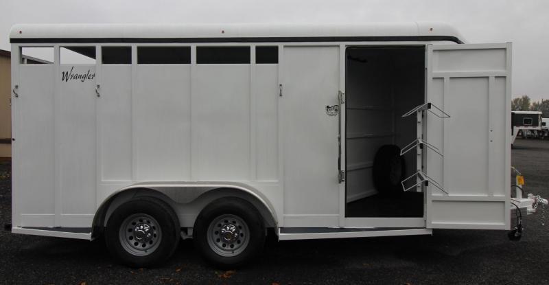 """2019 Thuro-Bilt Wrangler 3 Horse Trailer 7' 6"""" Tall - Swing out saddle rack"""