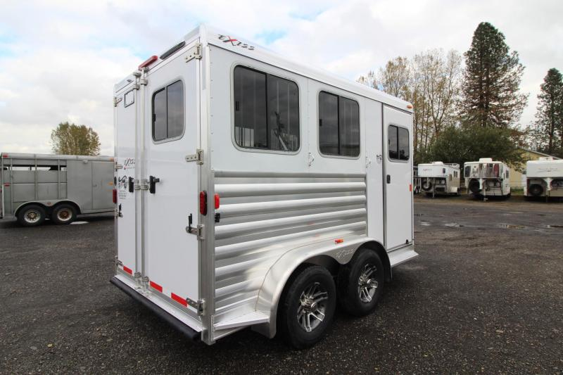 2018 Exiss Express XT - Jail Bar dividers - Polylast Flooring - Carpeted Tack Wall - 2 Horse Trailer