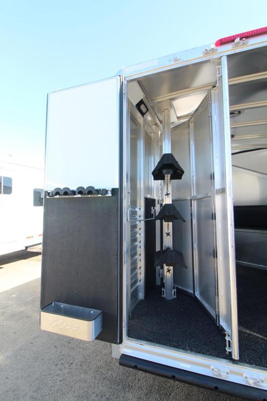 2018 Exiss Escape 7306 Living Quarters 3 Horse Trailer - Hoof Grip Flooring - Lots of Interior Upgrades