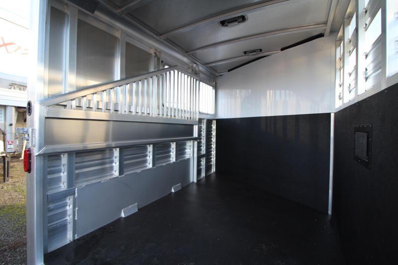 2018 Exiss Express CXF 2 Horse Trailer W/ Plexi inserts - Jail Bar Dividers Drop Down WIndows