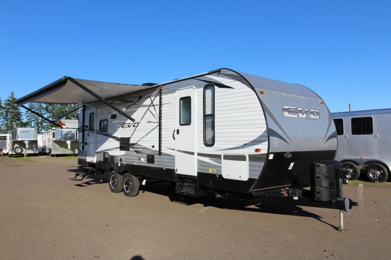 "2018 Forest River EVO 2600 - 26'5"" Box Length - w/ Slide Out - Arctic Package - Reclining Chairs - Solar Prep - Silver Birch Interior Decor - PRICE REDUCED BY $1950 in Elmira, OR"