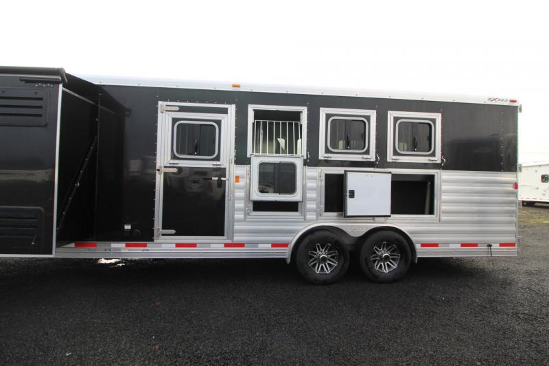 2018 Exiss Endeavor 8412 W/ Slide out - 4 Horse Living Quarters Trailer - Polylast Flooring - Stud Divider PRICE REDUCED $2000