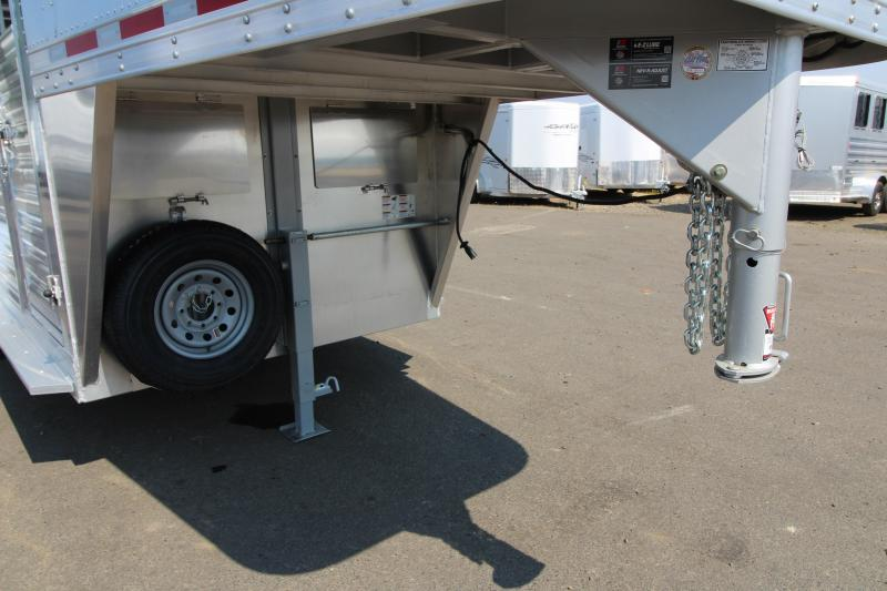2019 Featherlite 8117 - 20' All Aluminum Livestock Trailer - Vent with Hinged Covers on GN wall - Center and Rear Gates with Sliders