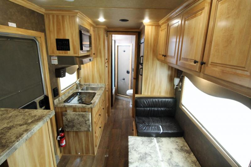 "2019 Exiss Escape 7310 Living Quarters 10' 6"" SW 3 Horse Trailer All Aluminum Easy Care FLooring DInette"