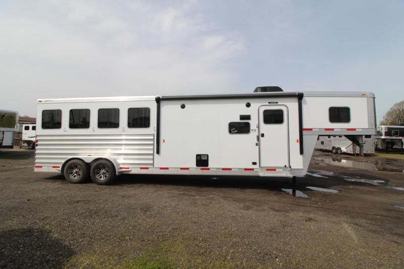 2018 Exiss Escape 7410 - Polylast Hoof Grip Flooring - 10' Short Wall Living Quarters - 4 Horse Aluminum Trailer