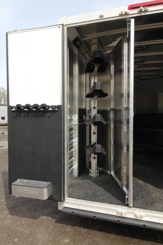 2018 Exiss Escape 7410 - Polylast Hoof Grip Flooring - 10' Short Wall Living Quarters - 4 Horse Aluminum Trailer