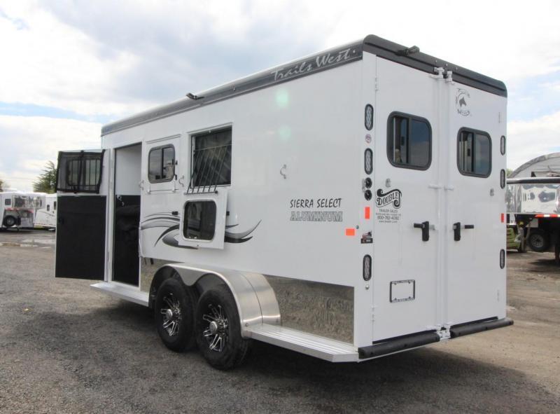 "2019 Trails West Sierra Select Seamless Aluminum Vacuum Bonded 3 Horse Trailer 7'6"" Tall Escape Door"